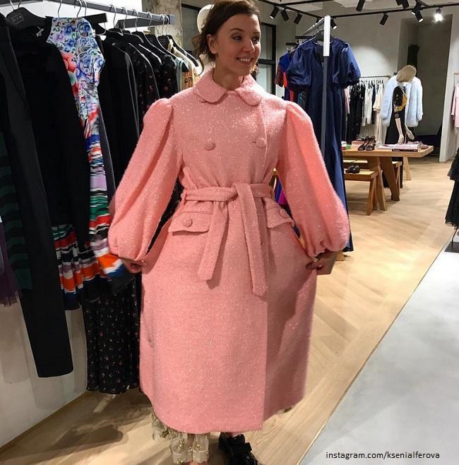 e394f18cc79c Всё это превращает обычное пальто в дизайнерскую вещь от Екатерины  Смолиной. Иметь пальто в своем гардеробе, а лучше не одно, на все случае  жизни, ...