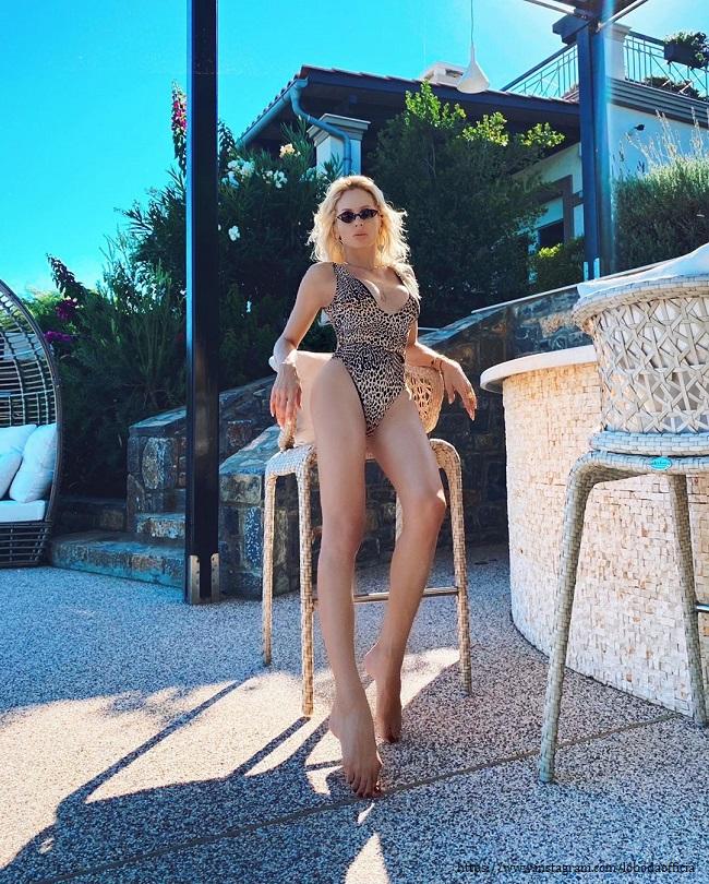 Светлана Лобода в купальнике