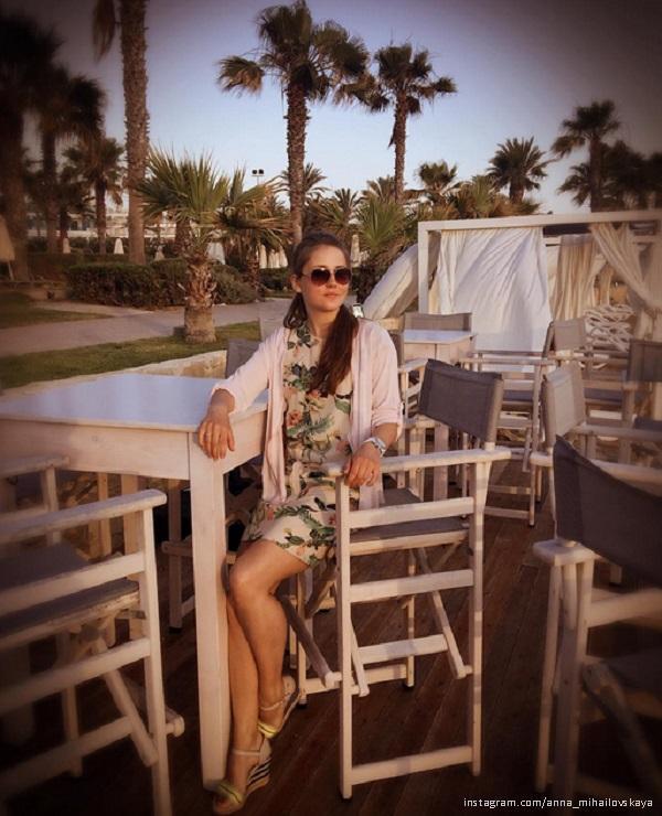 Анна Михайловская с семьей отдыхает на Кипре