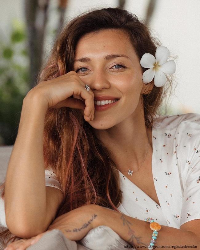Регина Тодоренко показала массаж через рот
