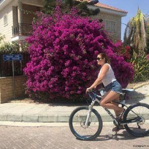 Подробнее: Ирина Пегова с дочерью отдыхают на Кипре
