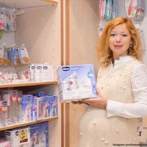 Подробнее: Елена Захарова вскоре после родов появилась на публике