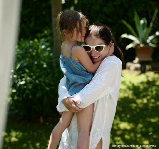 Марина Александрова с дочерью Катей