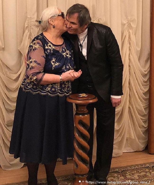 Bari Alibasov with his wife