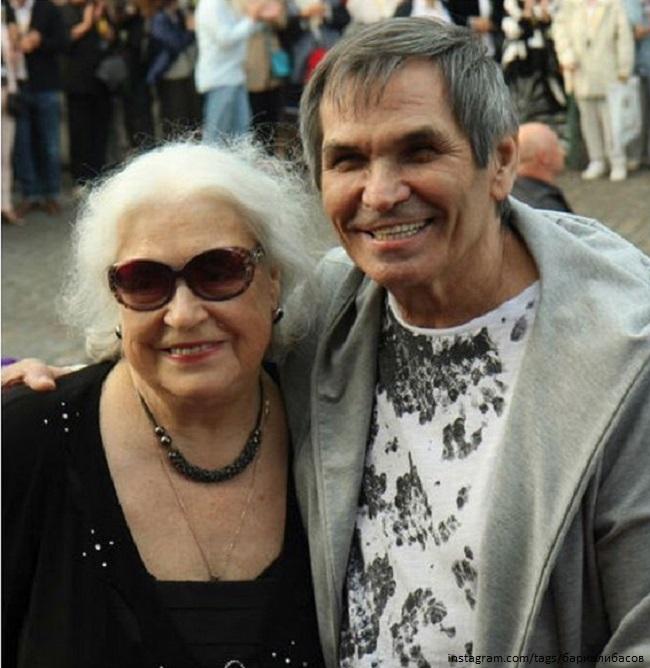 Bari Alibasov with his ex-wife - https://z-aya.ru