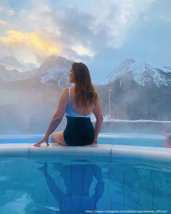 Екатерина Андреева в купальнике