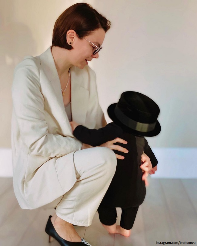 Tatyana Brukhunova with her son Vagan