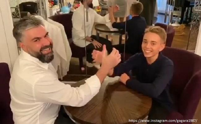 Муж Полины Гагариной с сыном