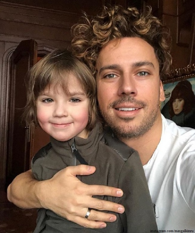Maxim Galkin shared a joint photo with his grown son