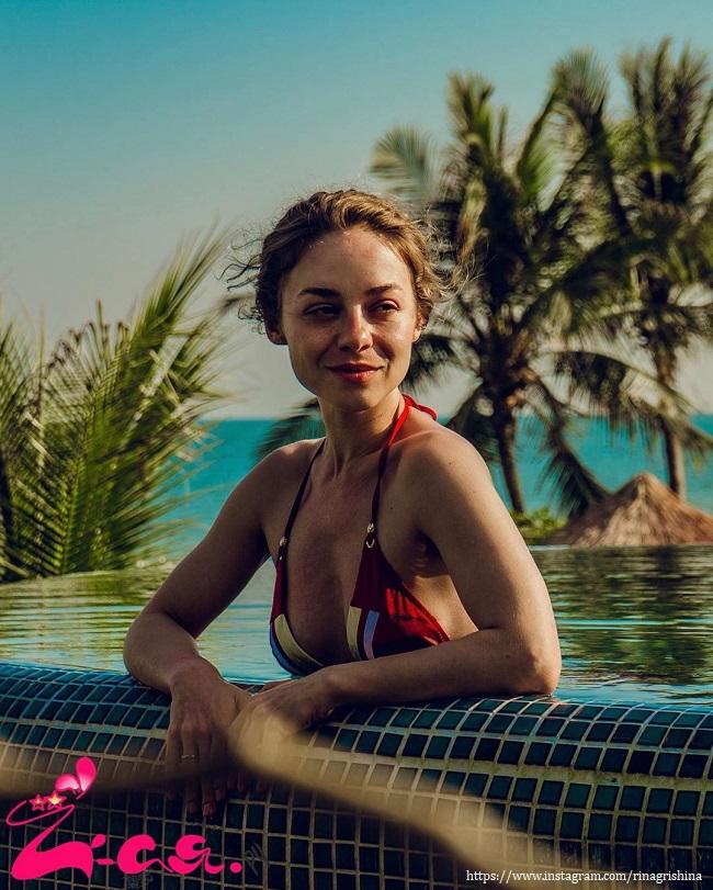 Рина Гришина в купальнике