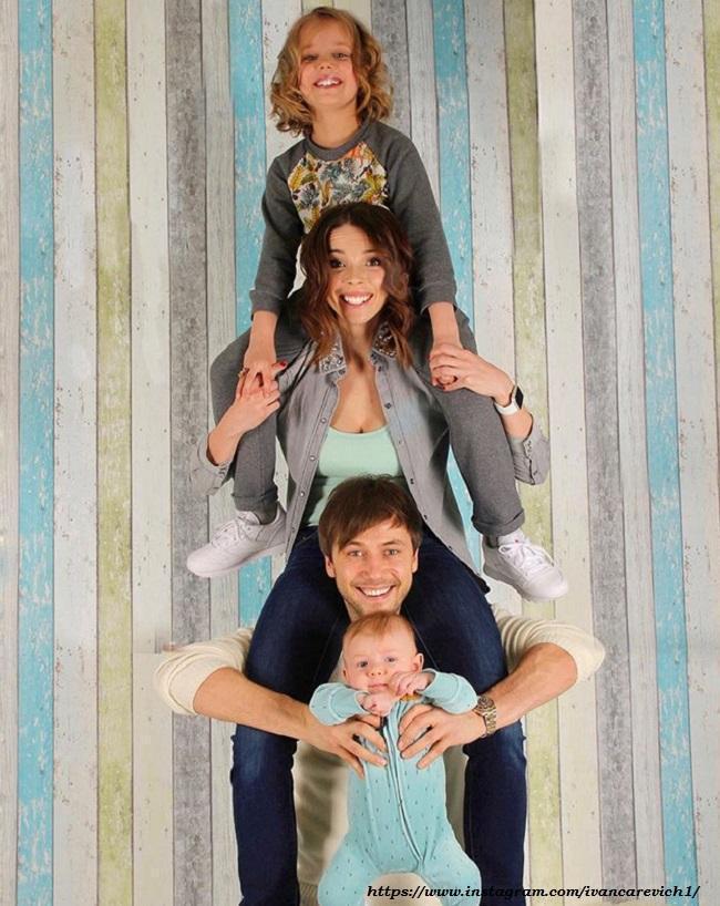 Иван Жидков с Лилией и детьми