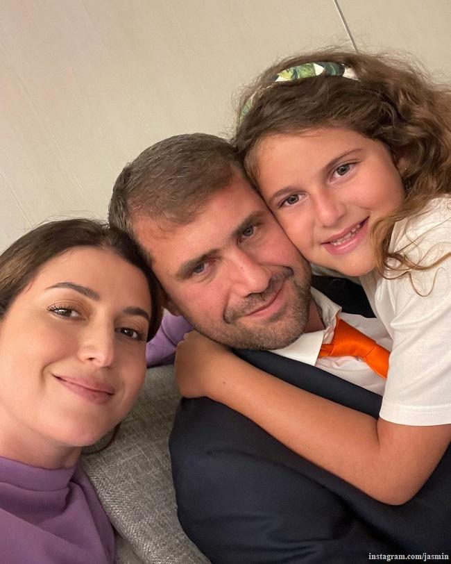 Жасмин с мужем Илоном Шором и дочерью Маргаритой