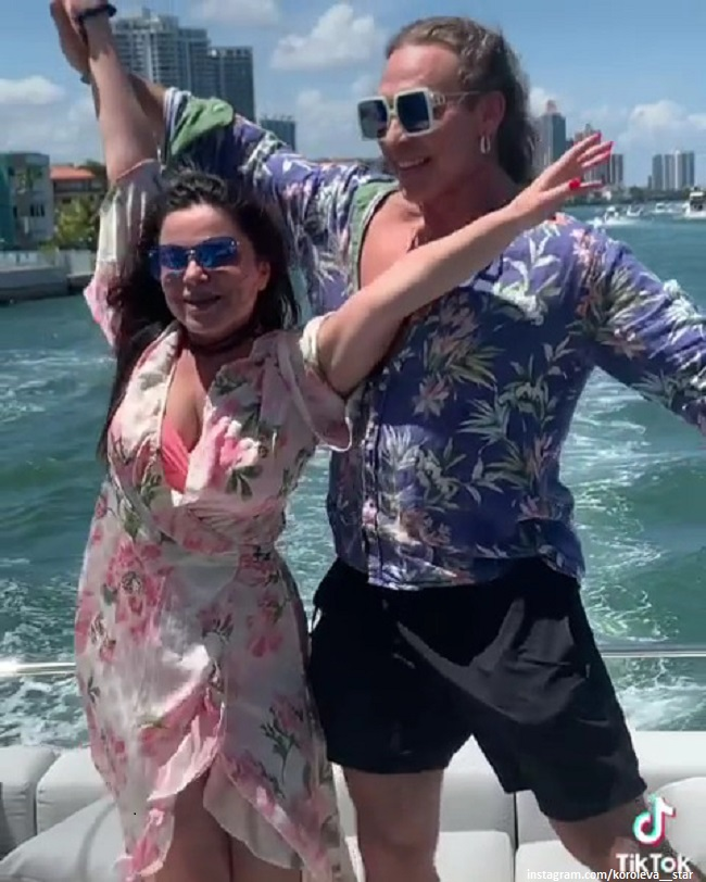 Наташа Королева и Сергей Глушко на яхте на Мальдивах