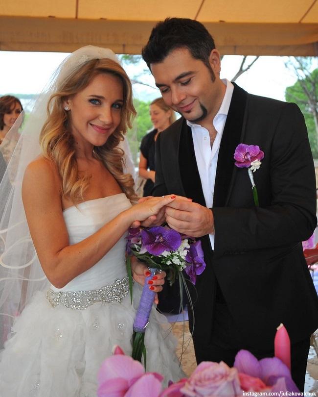 Юлия Ковальчук и Алексей Чумаков на свадьбе