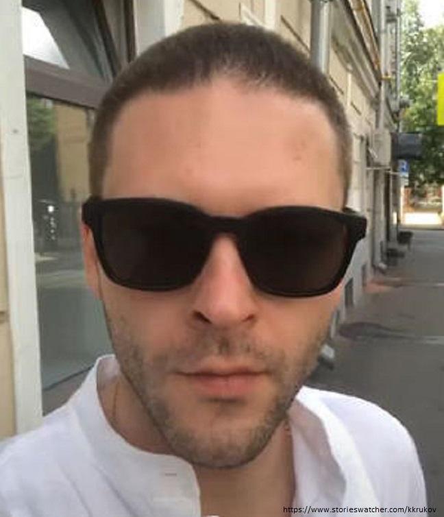 Константин Крюков побрил голову