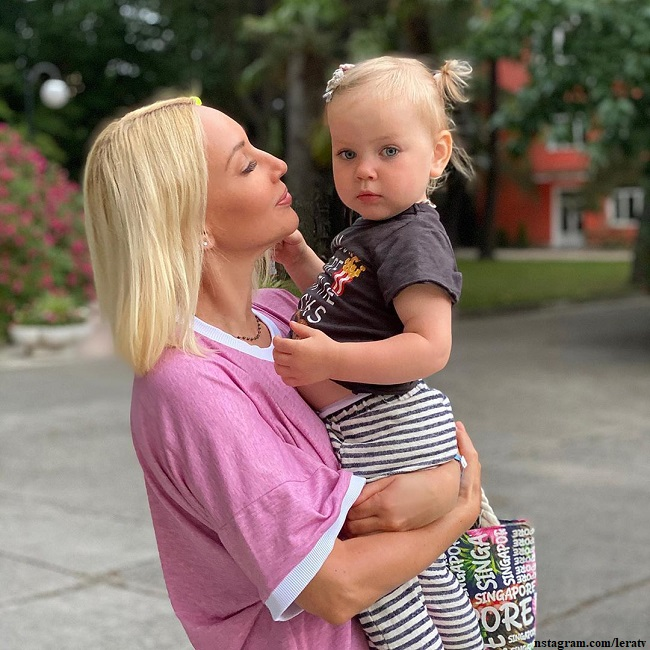 Lera Kudryavtseva reported that her daughter was ill