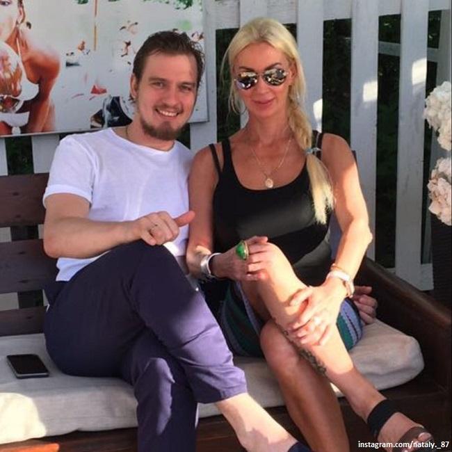 Игорь Макаров с мамой Натальей