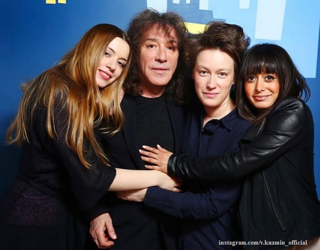 Владимир Кузьмин с дочерьми Соней, Мартой и Николь