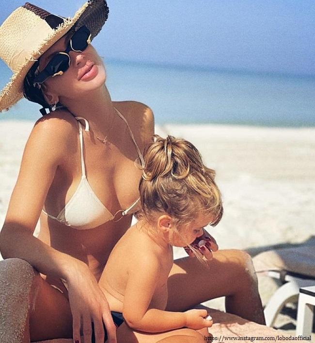Светлана Лобода с младшей дочерью