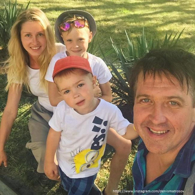Денис Мотросов с детьми
