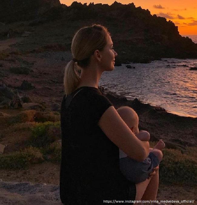 Ирина Медведева с сыном