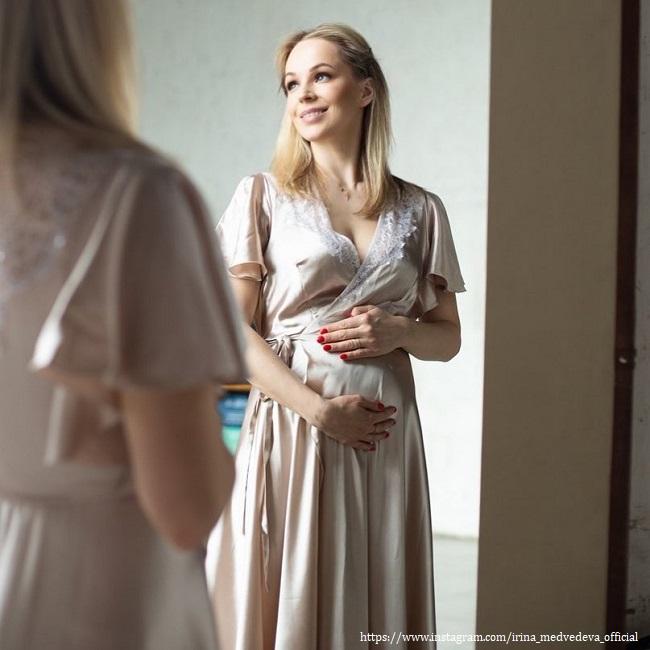 Беременная Ирина Медведева