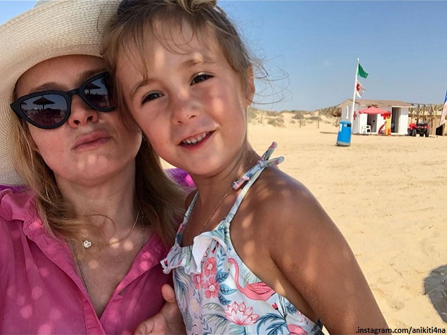 Анна Михалкова с дочерью Лидией