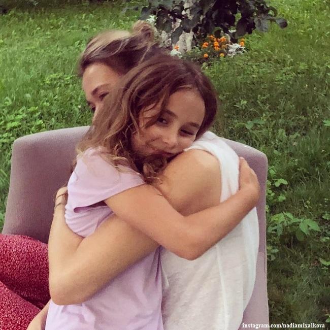 Надежда Михалкова с племянницей Лидой