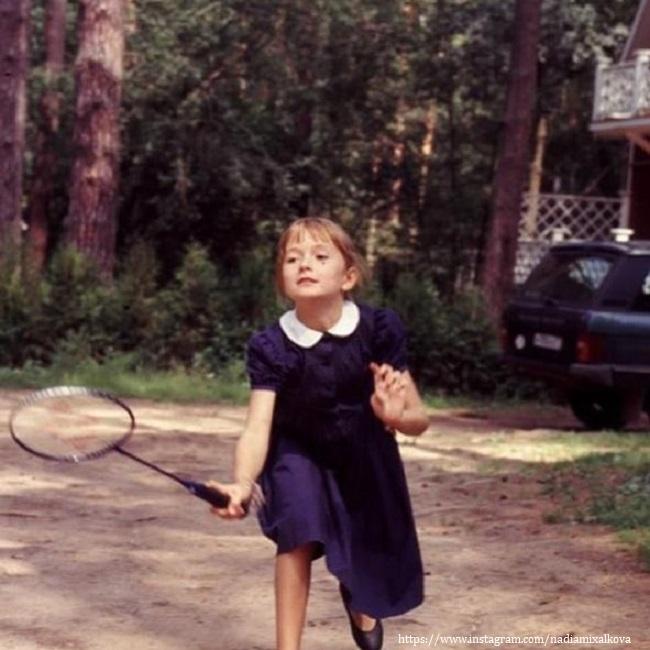 Надежда Михалкова в восемь лет