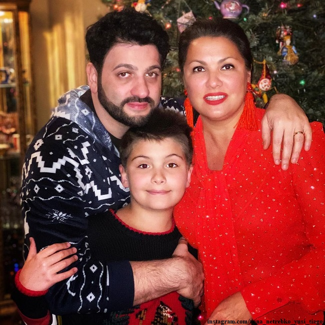 Anna Netrebko with her husband and son