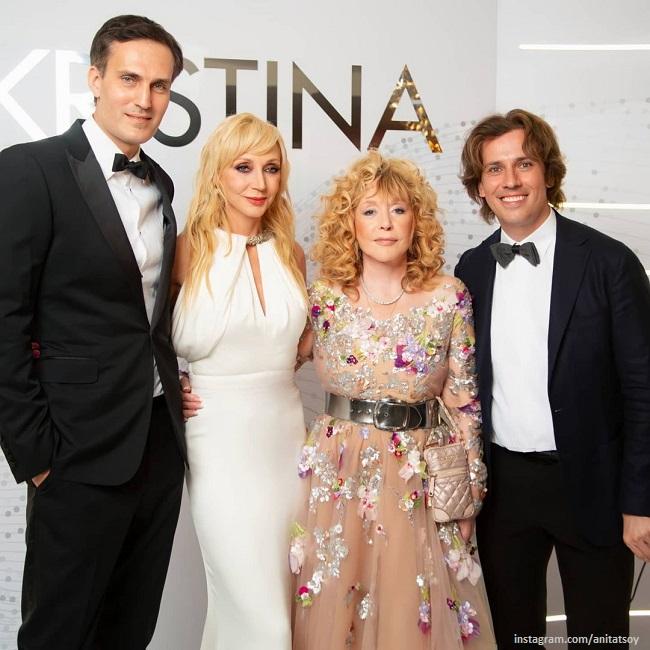 Кристина Орбакайте с мужем, Алла Пугачева и Максим Галкин