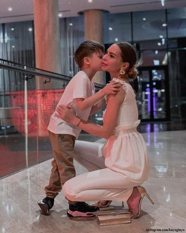 Наталья Горчакова с сыном Петей