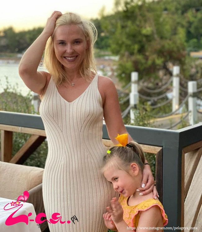 Pelageya shared beautiful shots with 3-year-old Taisia from a vacation in Turkey
