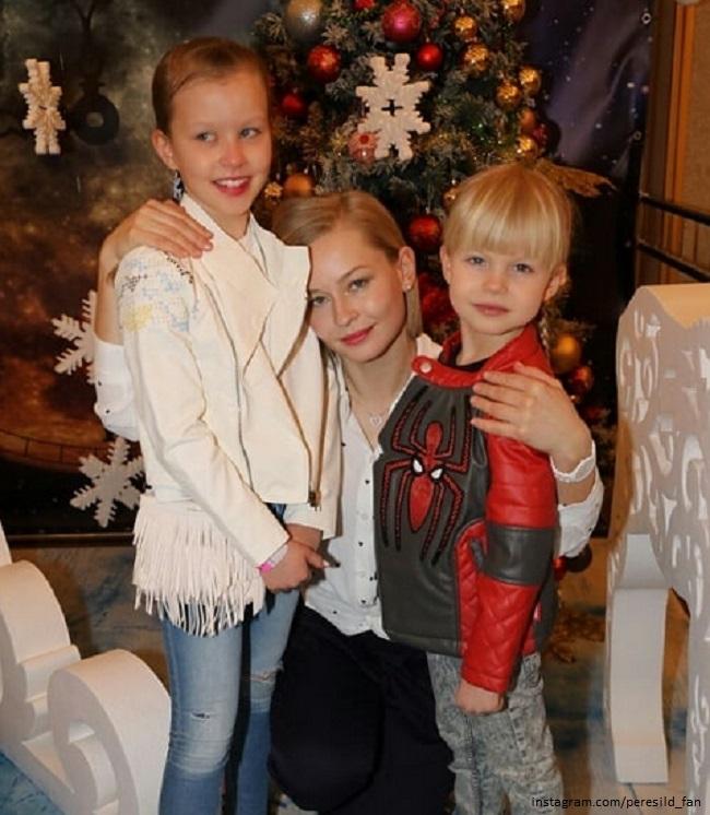 Фото юлии пересильд с детьми