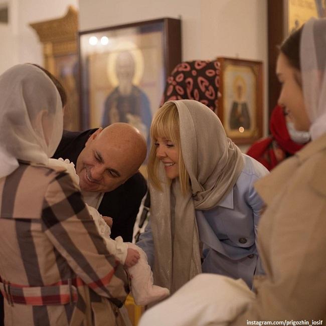 Иосиф Пригожин и Валериия с внучкой Селин