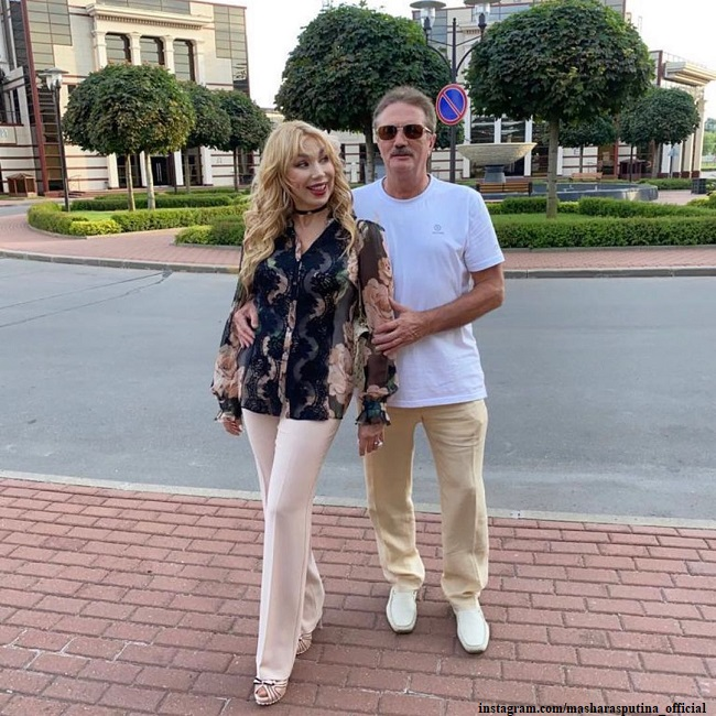 Маша Распутина с мужем Виктором Захаровым