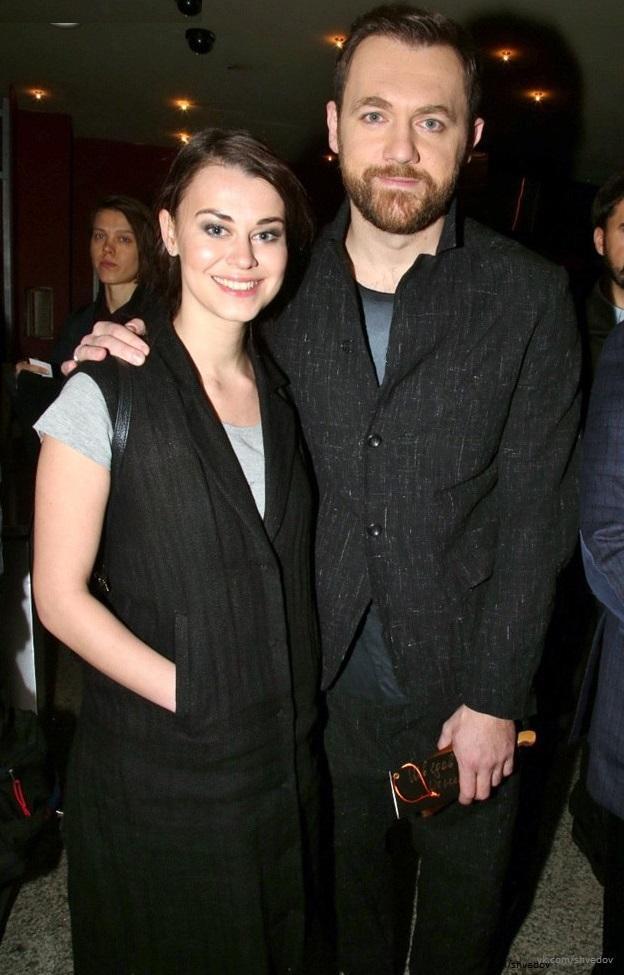 Денис Шведов с женой
