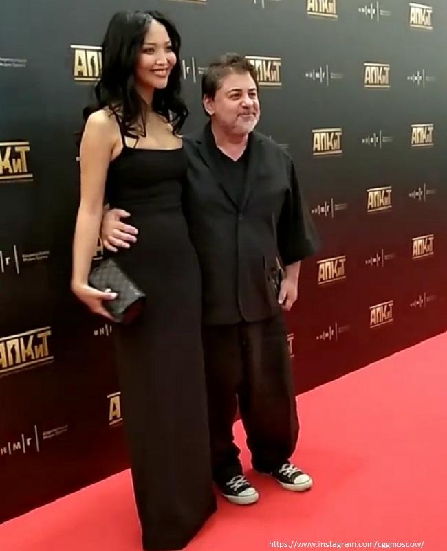Александр Цекало с молодой женой