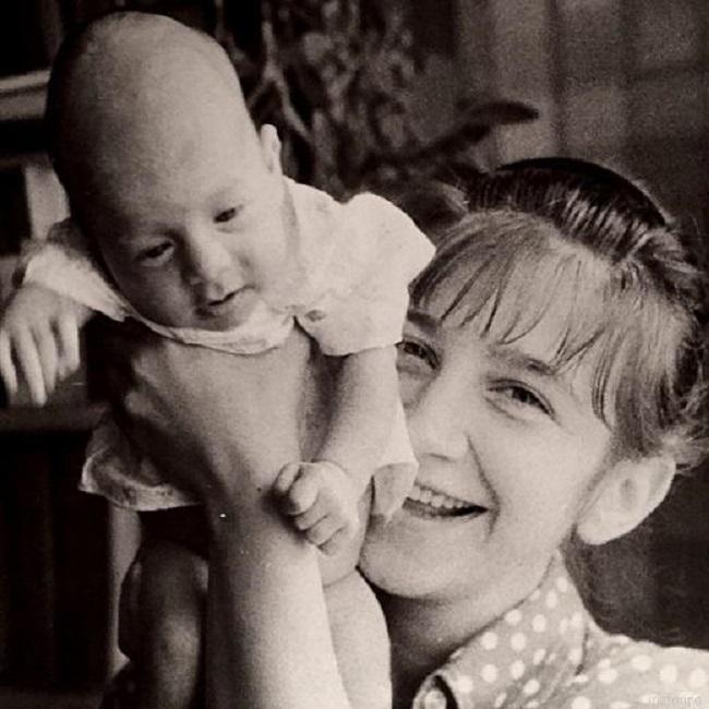 Валерия Киселева с сыном Ваней.Кадр передачи