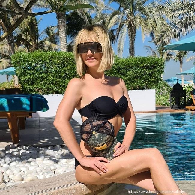 Валерия в купальнике
