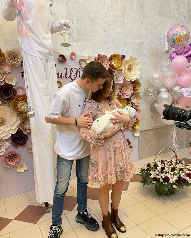 Арсений Шульгин с женой Лианой и дочерью Селин