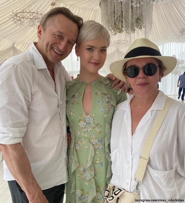 Елена Валюшкина и Александр Яцко с дочерью Марией