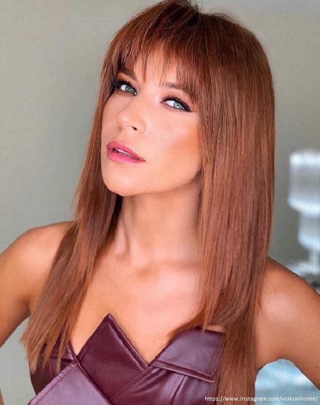 Екатерина Волкова с новым цветом волос