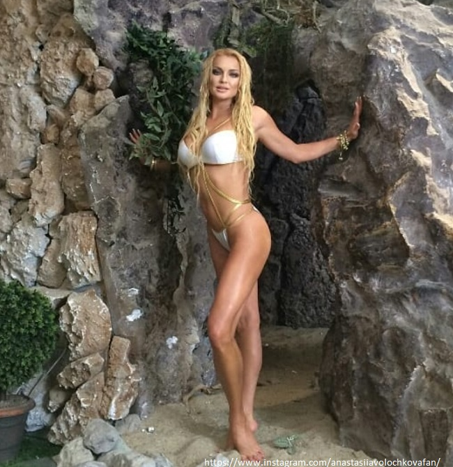 Анастасия Волочкова в бикини
