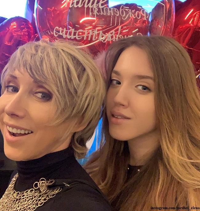 Елена Воробей с дочерью Софией