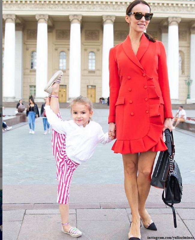 Юлия Зимина с дочерью Симоной