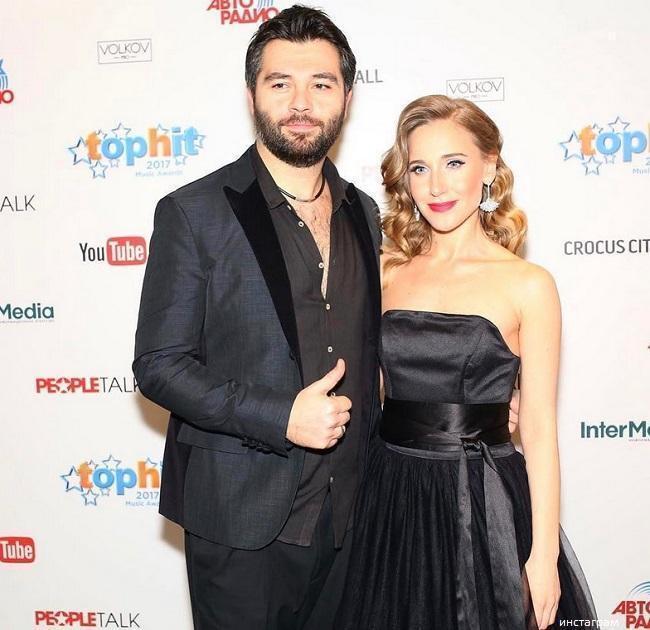 Алексей Чумаков с женой