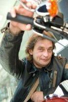 Подробнее: Александр Домогаров ищет жену в «Твиттере»