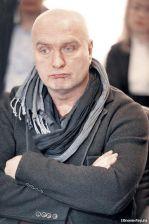 Подробнее: Александр Балуев уже год в разводе?