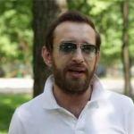 Подробнее: Константин Хабенский спрятался за бороду